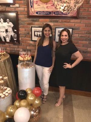 Mariela Pineda y Anabel Mejía