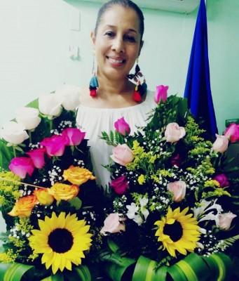 Muy festejada en su cumpleaños la siempre bella Maria Gabriela Garcia Tenorio