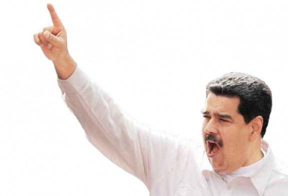 Nicolás Maduro exige la renuncia a todo su gabinete