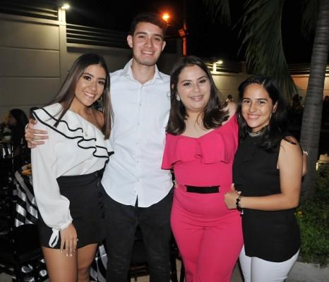 Sofía Ávila, Diego Gutiérrez, Laura Daniela y Praxi Gamboa
