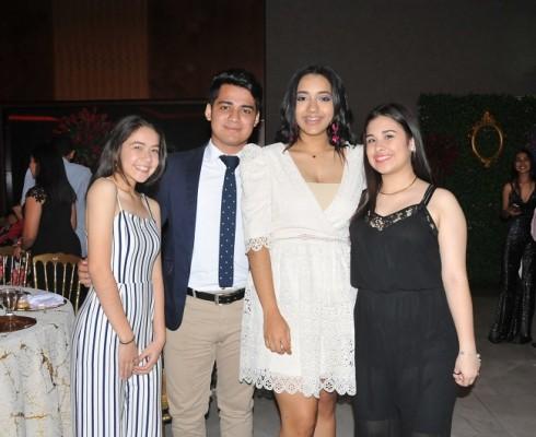 Tiara Hernández, Edwin López, Katia Rivera y Lourdes Castellón