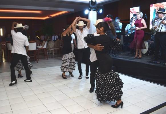 Todos disfrutaron de un show especial al son del ritmo caribeño.