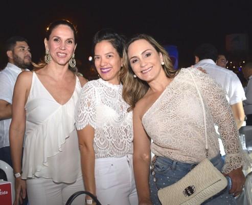 Vanessa de Rojas, Karen Chang y Carmen de Raciatti