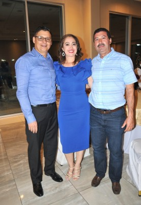 William Arévalo, Nancy y Jaime Hernández