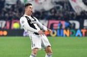 """Sancionan a Cristiano Ronaldo con 20.000 euros por """"conducta inapropiada"""""""