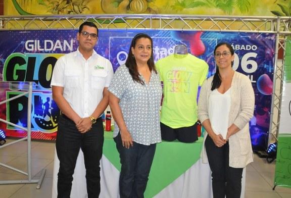 Presentan kit del Gildan Glow Run 2019, un millón y medio de lempiras es la meta
