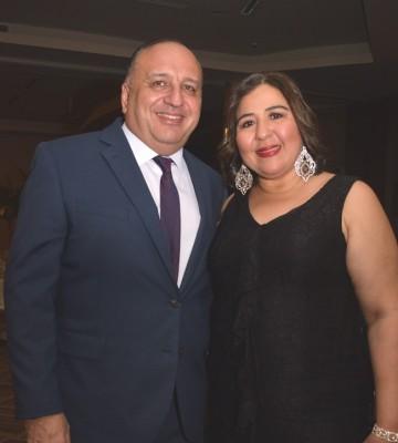 Karen Andonie y Martín Handal.
