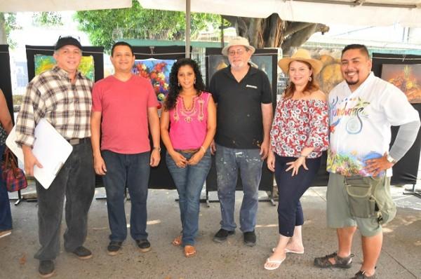 Marvin Mendieta, Miguel Sorto, Yamileth Figueroa, Antonio Vinciguerra, Josefina de Castro y Roman Murillo