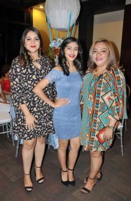 Scarleth, Melany y Sandra Argueta