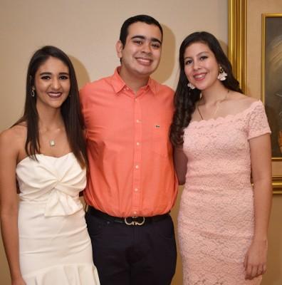 Ángela Asfura, Gabriel Barahona y Siham Hawit