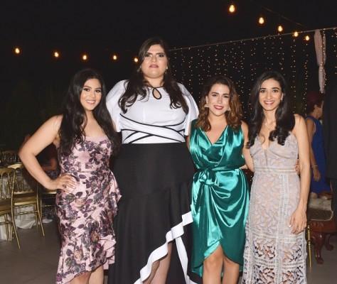 Andrea Valdez, Regina Handal, Jeanine Fanous y Amira Jarufe.