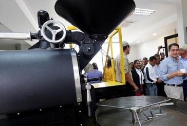 En Marcala: Con moderna planta tostadora potenciarán calidad y exportaciones de café hondureño