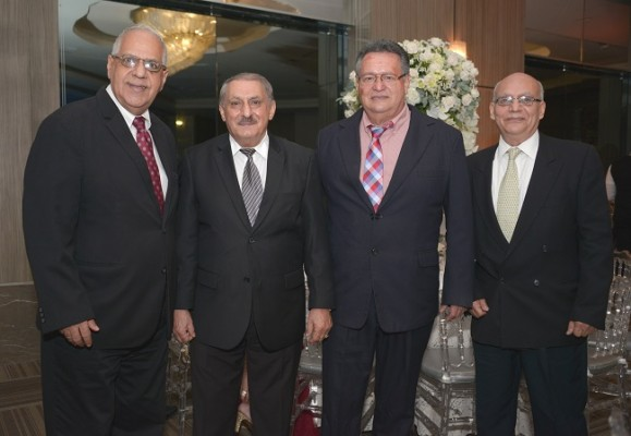Chucry Kawas, Jorge Segebre, Víctor Hugo Mayes y Jorge Hawit Abud.