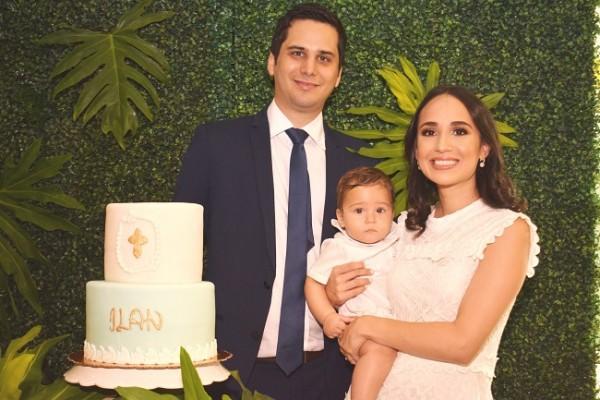 Ana Lucía Soto y Eldad Ronen con su pequeño Ilan en una imagen para recordar.