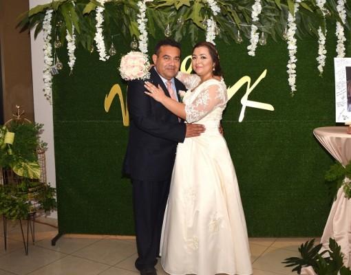 Karla Brigette y Norman Aaron conforman una familia de iglesia al servicio de Dios desde hace 20 años