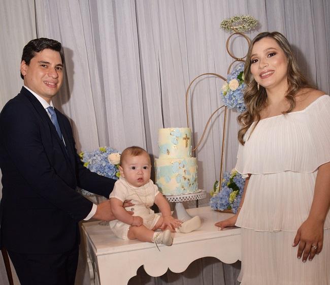 Elegante celebración bautismal en la familia Echeverri-Valle