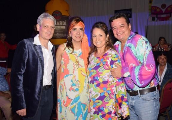 Enrique y Suyapa Smith con Ignacio y Xiomara Leon.