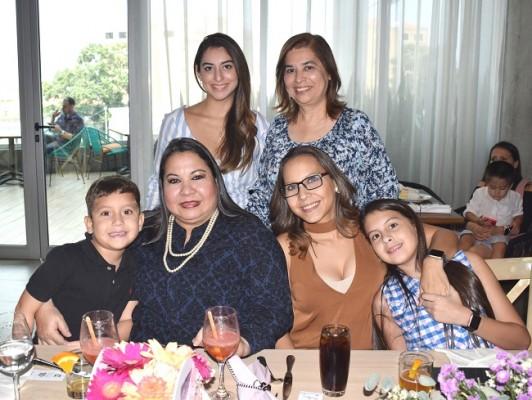Familia Morán-Fernández