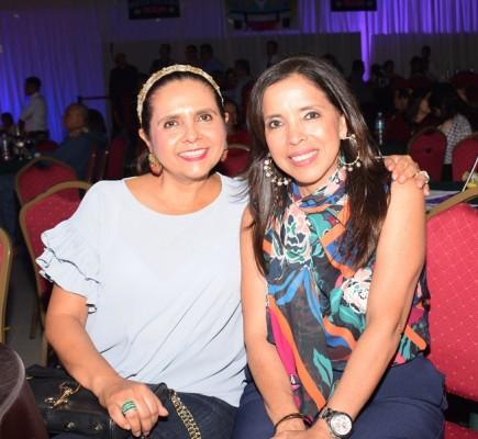 Fatima Murphy y Carol Samayoa.