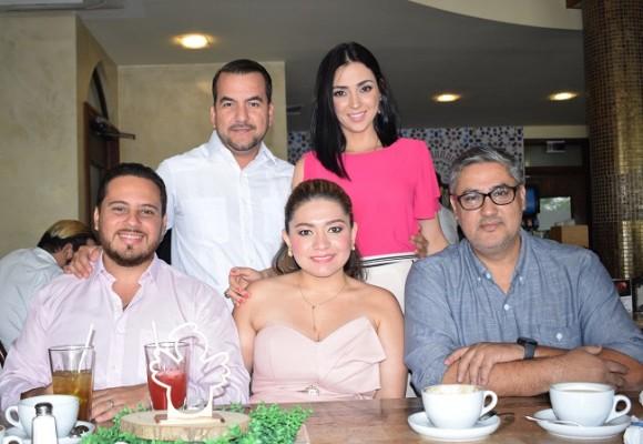 Ferdinando Nájera, Martha Nájera, Ángel Funes, Pamela de Funes y Carlos González