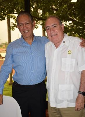 Rey Canales y Horacio Caldera.