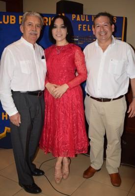 Óscar Rodríguez, María Luisa Fernández y Óscar Bográn.