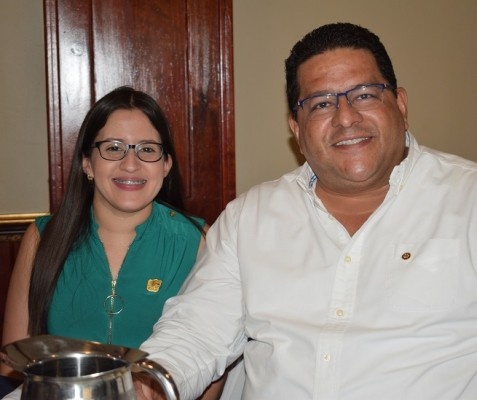 Marssella Hernández y Víctor Hugo David.