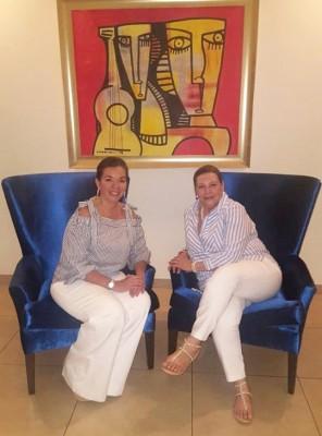 Kattia Alvarado con su mami Guadalupe Urquía