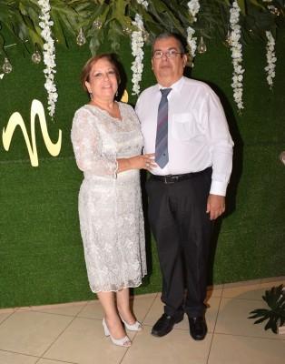 Los padrinos de boda, Brisca Zablah y Mauricio Zablah