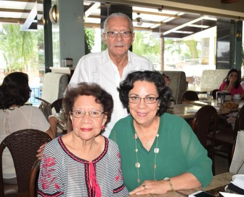 Marciano Rodríguez, Gloria de Fajardo y Gloria Fajardo