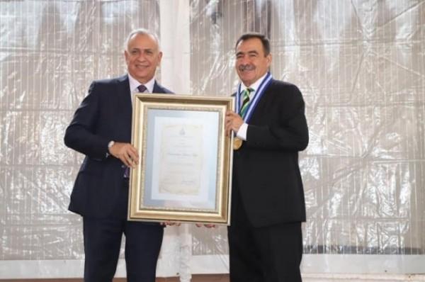 "Maxiliano Lemus/La Prensa/Premio ""Camarógrafo del Año"""