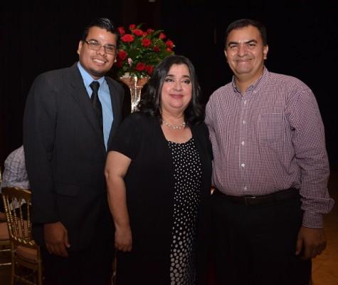 Eddy Sarmiento, Luisa Agüero y Óscar Flores.