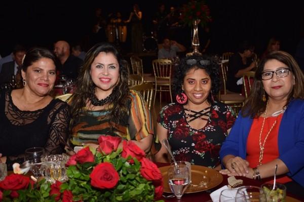 Yanina Romero, Alma Ondina Matute, Kendra Ardón y Deysi Bonilla.