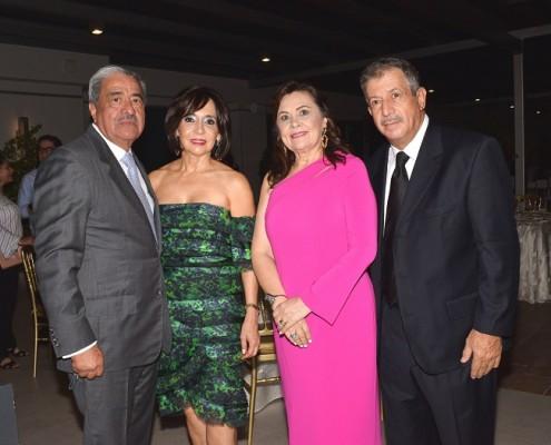 Rafael y Patricia Flores, Delmy y Jorge Pitsikalis.