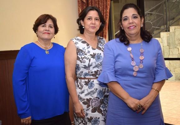 Riva Romero, Gracia Vásquez y Waldina Vallejo