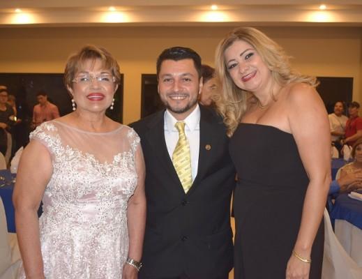 Santa Euceda, Alex Erazo y Laura Enamorado.