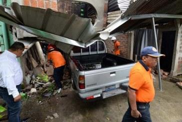 Imágenes de los daños por fuerte sismo que sacudió El Salvador