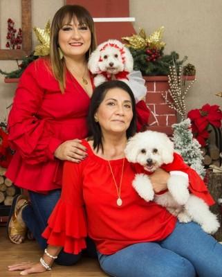 Sonia Mejía con su madre