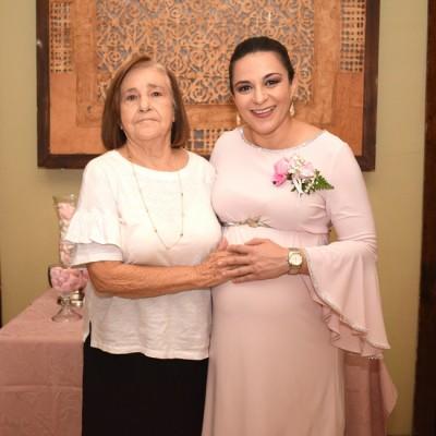 Aida Rivera y Jenny Altamirano de Rodríguez