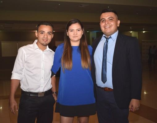 Carlos Figueroa, Jessica Villalobos y Gilberto Rivera.