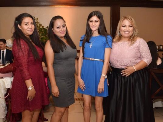 Carolina Rodriguez, Ingrid Bonilla, Melisa Mejia y Karen de Romero