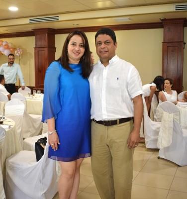 Clelia Nolasco y Juan Raudales