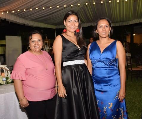 Denia Zuniga, Xiomara Rajo y Leonela Flores
