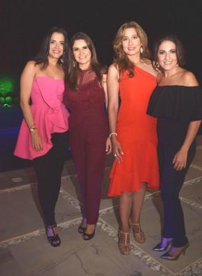 Emily Brandel, Mónica de Morales, María Elena Nassar y Fairuz Larach