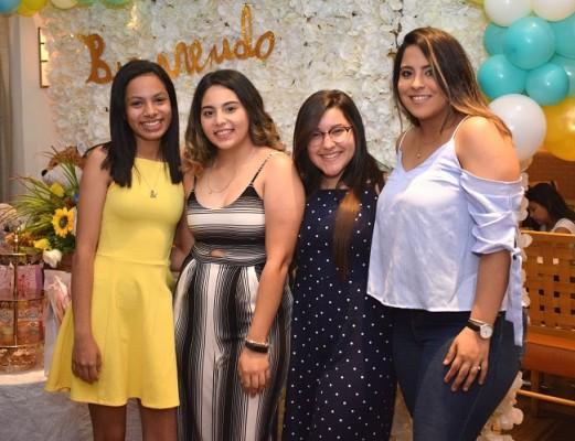 Eva Ramírez, Nathaly Juárez, Alejandra Caballero y María Fernanda Zerón