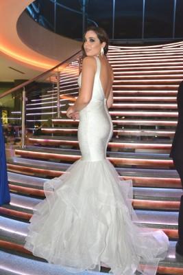 Giuliana Camiciottoli se mostró verdaderamente bella en su gran gala de graduación