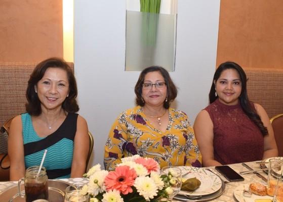 Helen Ley, Alma Iris Rivas y Gabriela Corea