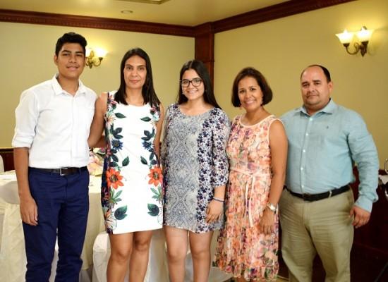 José Mario Mejía, Alejandra Montes, Lena González, Clarissa e Ismar González