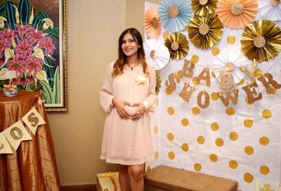 Karla Suyapa revela el género de su bebé