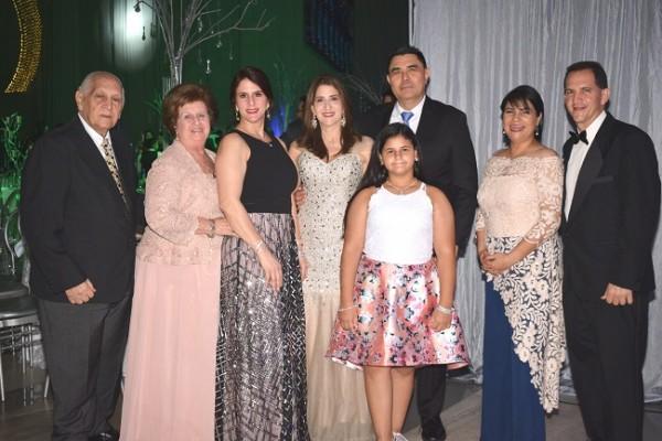 Las familias Larach y Zornitta